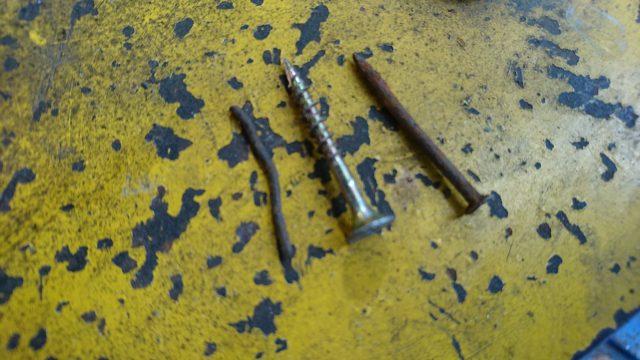 最近、パンク修理が非常に多いです。